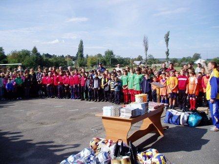 Відбулося районне свято з нагоди Дня фізичної культури і спорту та 60-річчя фізкультурно-спортивного товариства «Колос».